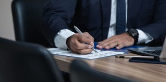 5 Things to Consider When Choosing a Personal Injury Lawyer