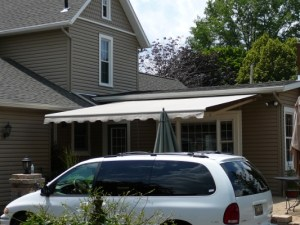 retractable awning extended