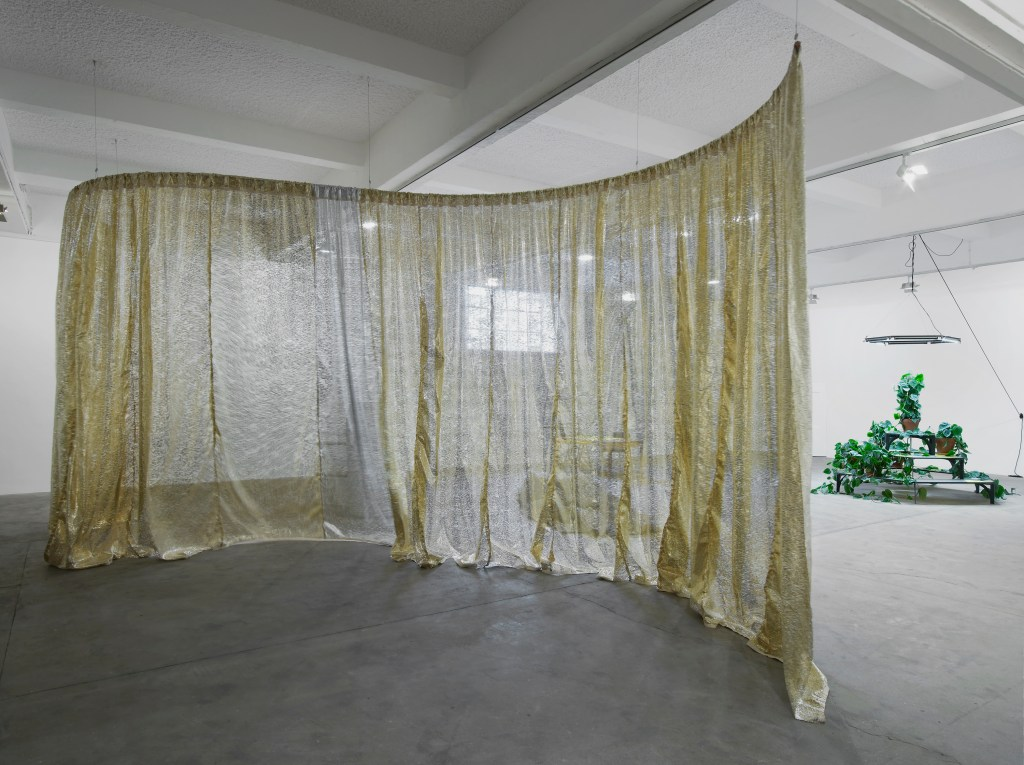 Céline Condorelli, How to work together, 2014, installation view, Chisenhale Gallery. Photo: Andy Keate.