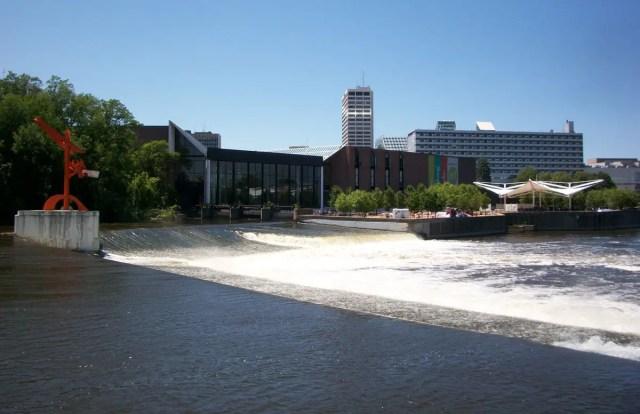 downtown-south-bend-waterfa