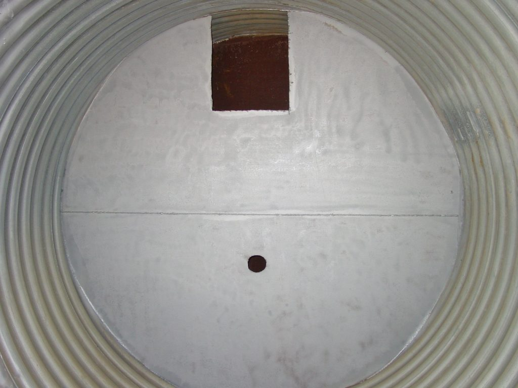 Outlet Control Structure Weir Plate Inside Detention System
