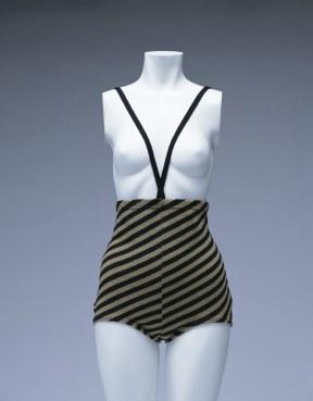 rudi-gernreich-monokini-image-copyright-of-kyoto-costume-institute