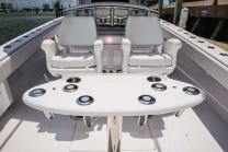 The 41's modern and customizable seating options include fighting chairs to help land a prize sport fish. Photo: Bahama Boat Works.com