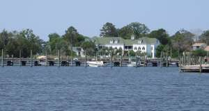 Dare Day on the Manteo Waterfront