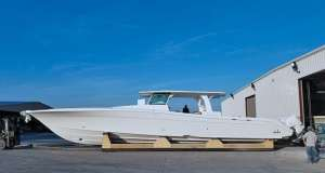 an image of HCB Center Console Yachts 6500 Estrella