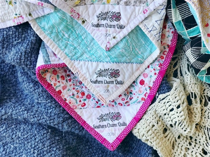 Three Methods for Stitching a Corner Quilt Label ( video tutorial )