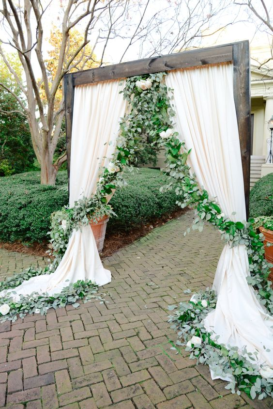Macon Florist - Wedding Garlands