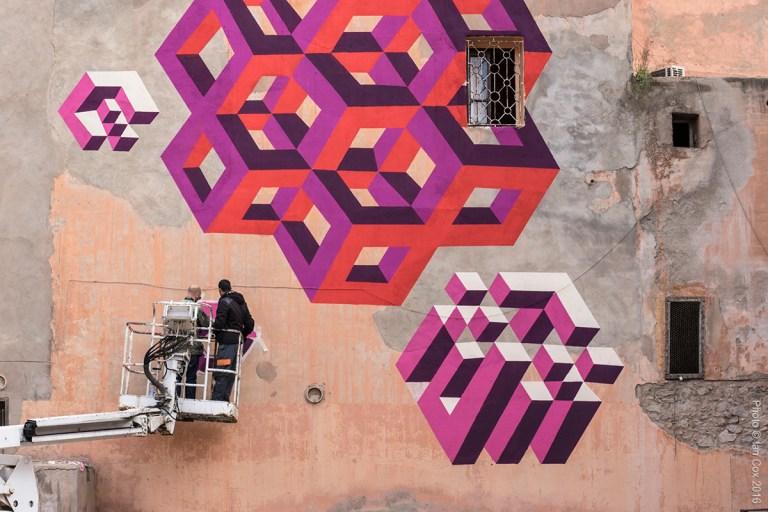 LX.one working on his mural MB6 Street Art photo ©_Ian_Cox_2016.