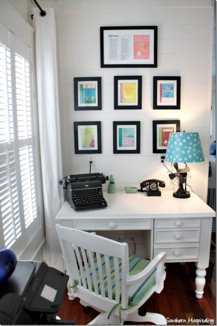 breeze inn master desk