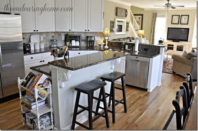 kitchen to family room 2