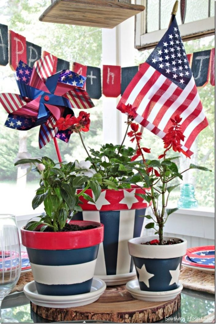 patriotic tablescape red white and blue