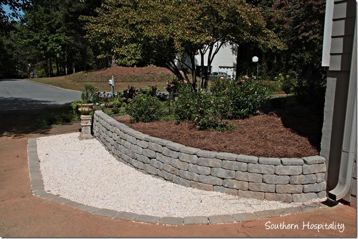 retaining wall gray stones