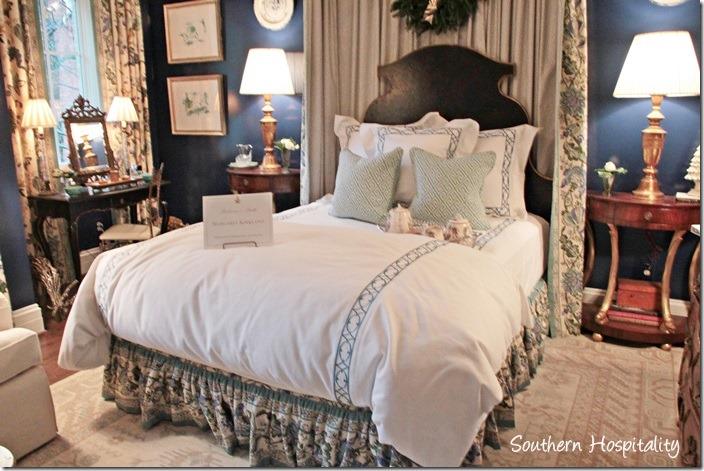blue bedroom (2)