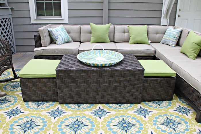 patio coffee table with seating