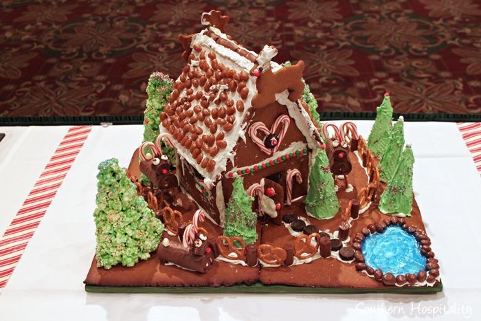gingerbread house competition072