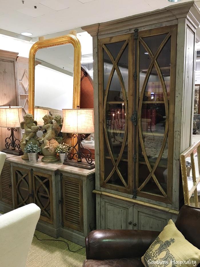 scott antiques market037