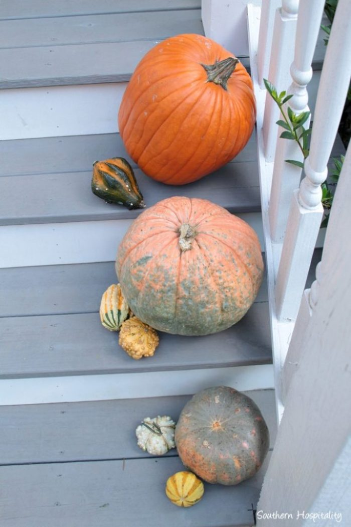 fall-front-porch005