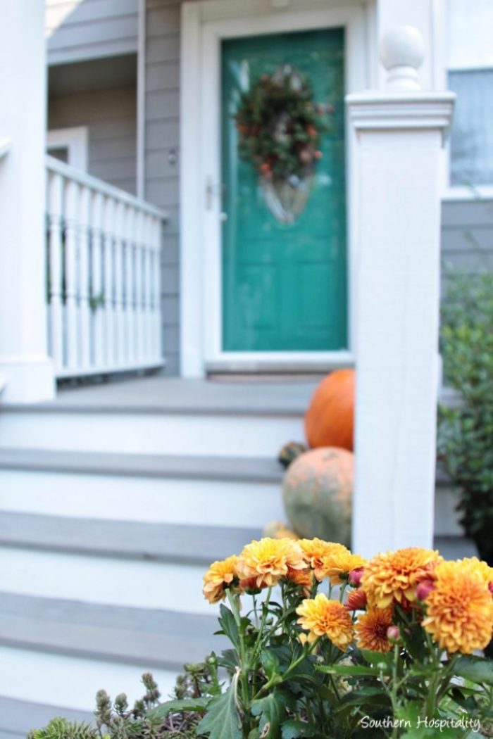 fall-front-porch006