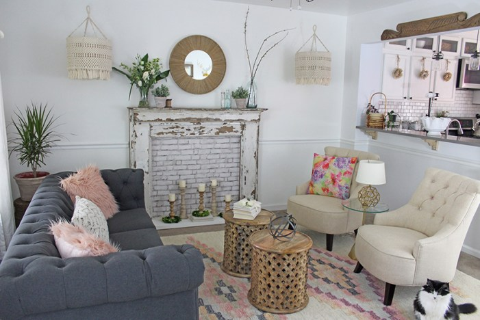 Living Room Makeover Which Is Off The Kitchen Roxanne Has A Farmhouse Feel Going On And Does Lot Of Projects