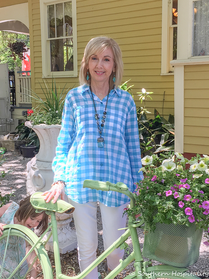 Fashion Over 50 Spring Outfits