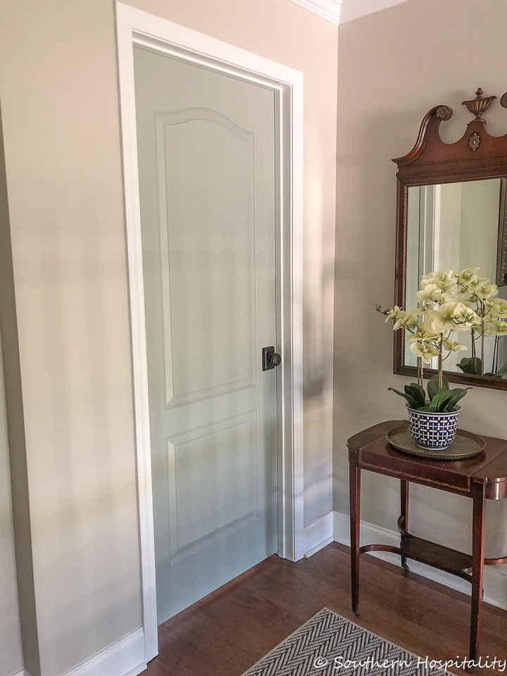 Painting Interior Doors u0026 Changing Hardware & Painting Interior Doors a Color - Southern Hospitality