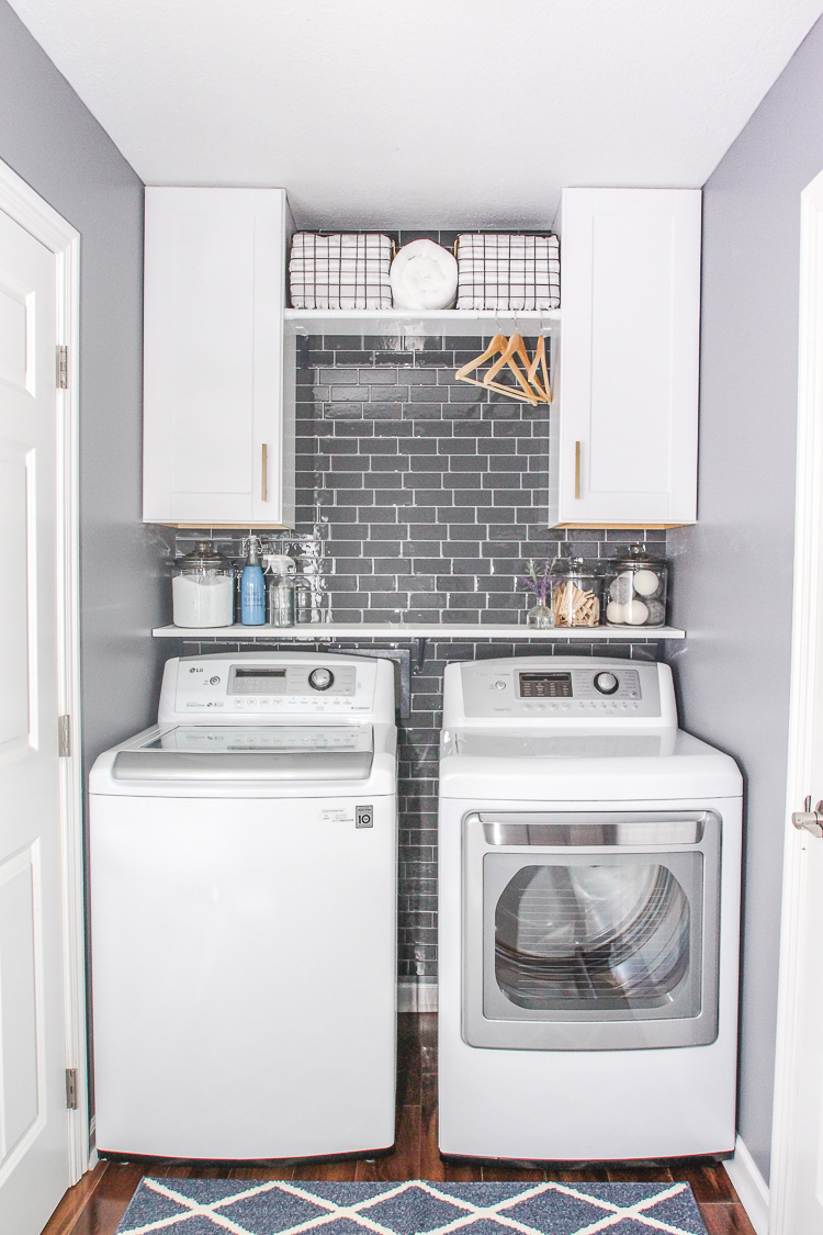small laundry room ideas southern hospitality. Black Bedroom Furniture Sets. Home Design Ideas