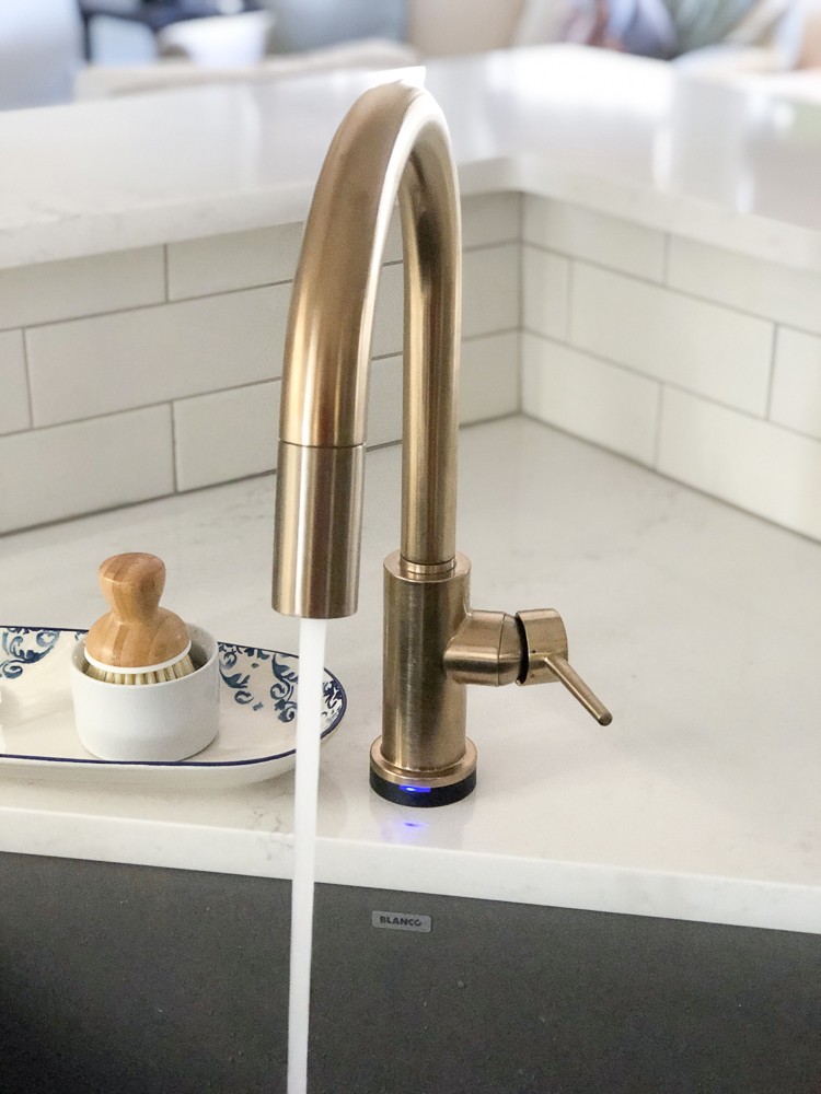 the kitchen bling gold faucet