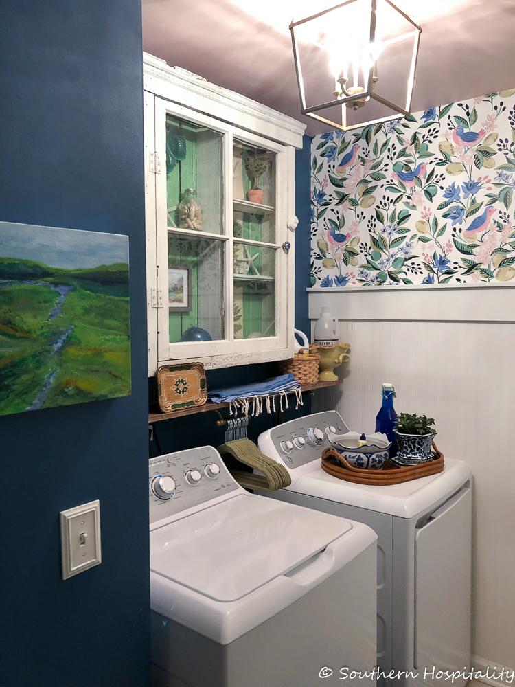 Modern vintage small laundry room ideas southern hospitality - Small laundry room ideas ...