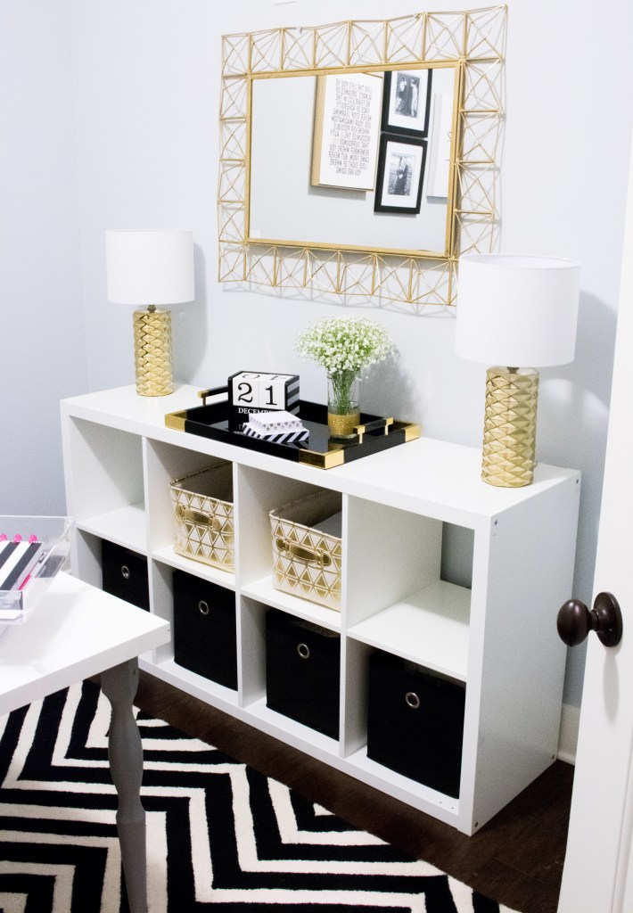 Tour This Amazing Fashion Blogger S Transitional Home Office: Southern Made Blog