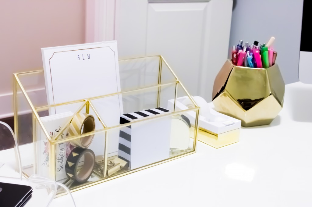 Home Office Tour   Southern Made Blog - Simple and sleek black, white, and gold home office reveal.  @safaviehrugs @hobbylobby @target @tiny.prints