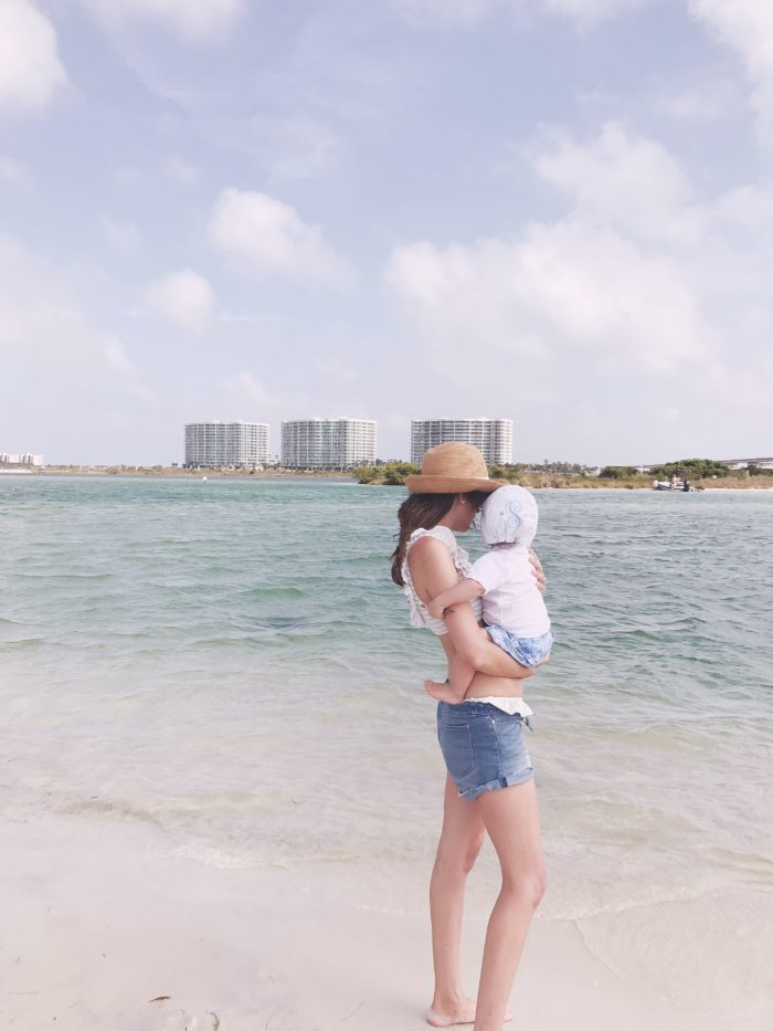 Vacationing With Little Ones to Orange Beach and Gulf Shores Alabama from Britt at SouthernMamaGuide.com || Orange Beach || Alabama || Gulf Shores || Southern Travel || Southern Beach || Beach || traveling || Travel