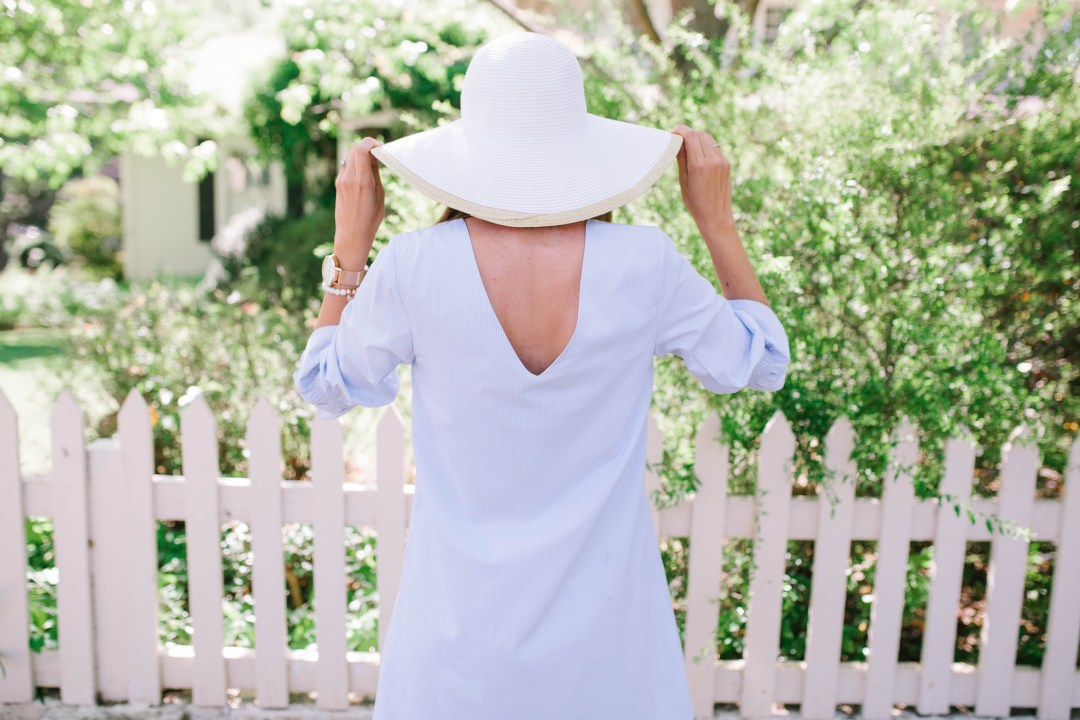 French Blue Summer Dress style that is great for spring and summer months from Britt at SouthernMamaGuide.com || Summer Dress || Spring Dress || French blue dress || mom style || french blue || southern style