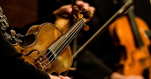 high-school-orchestra-strings
