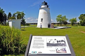 Piney-Point-Lighthouse-plaque