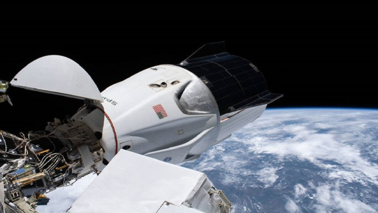 NASA TV to Air First US Commercial Crew Port Relocation on Space Station Tonight