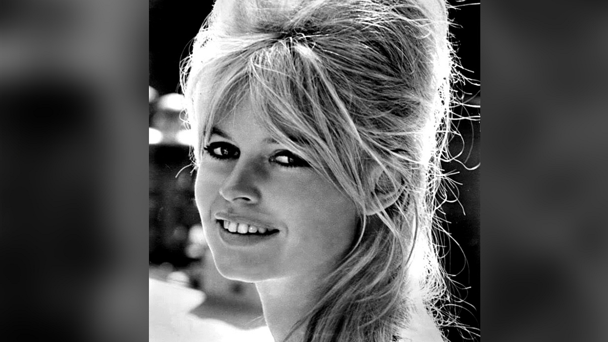 10 Hottest Celebrities Of The 1950s