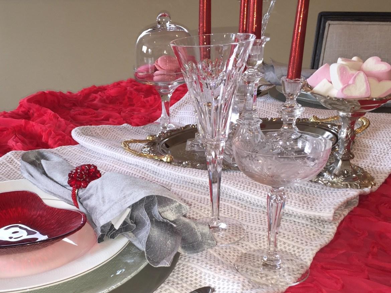 valentine table bment