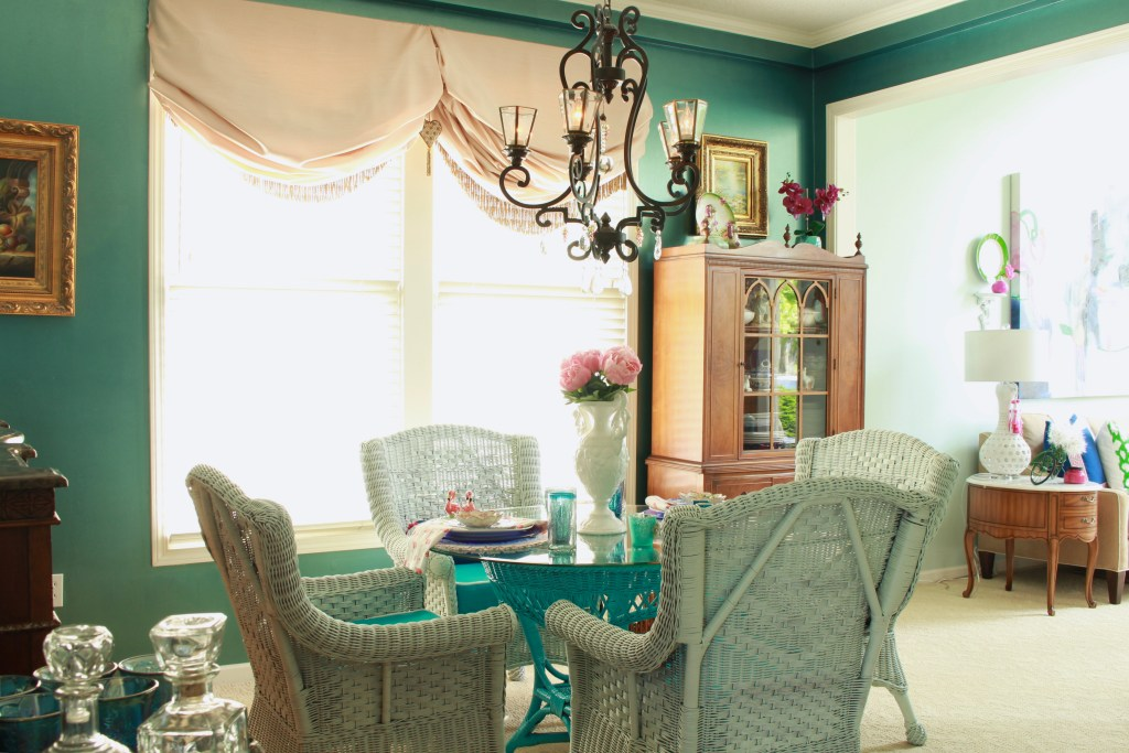 DIY Dining Room Table and Chairs