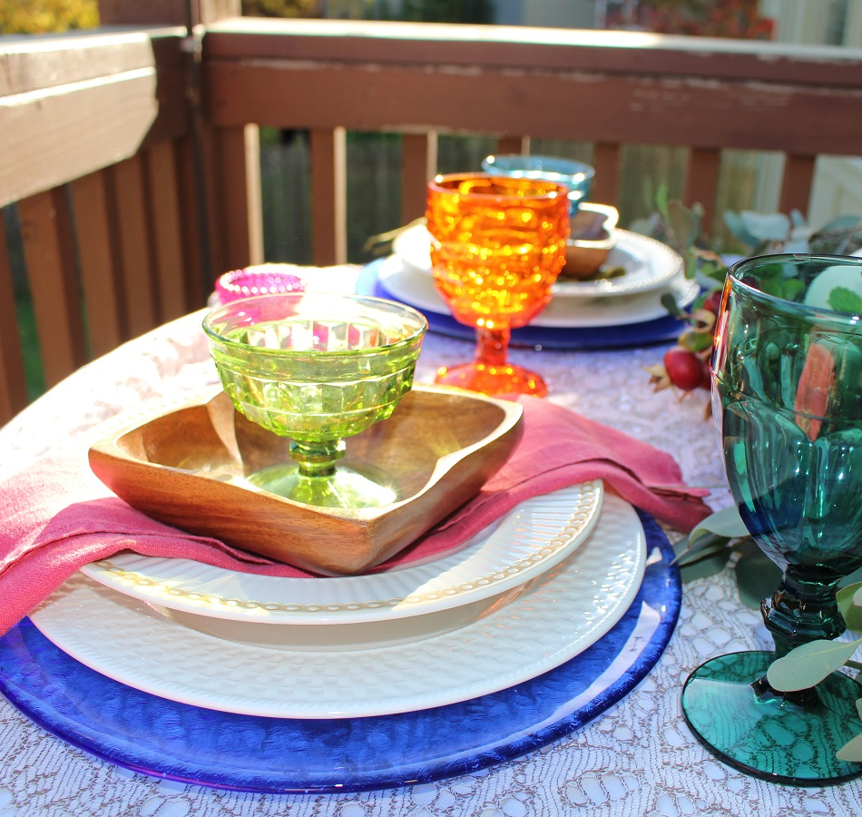 Vintage Tablescape for Fall Outdoor Dining