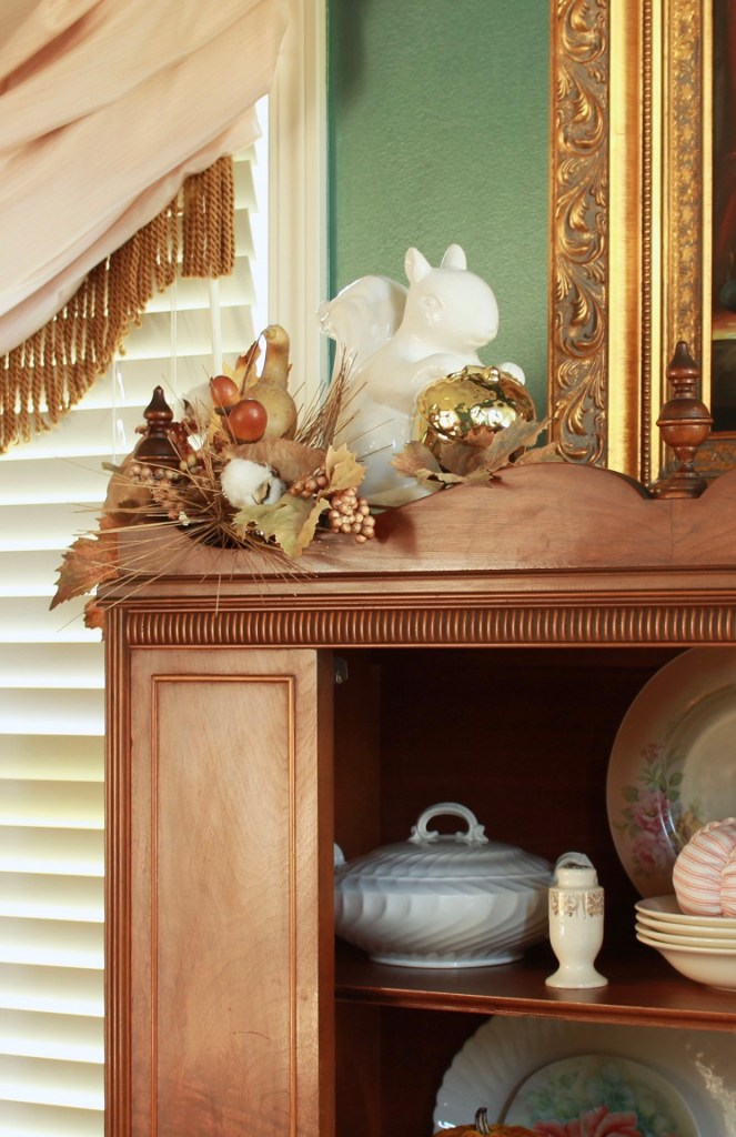 3 Steps to Organizing Your China Cabinet for Fall