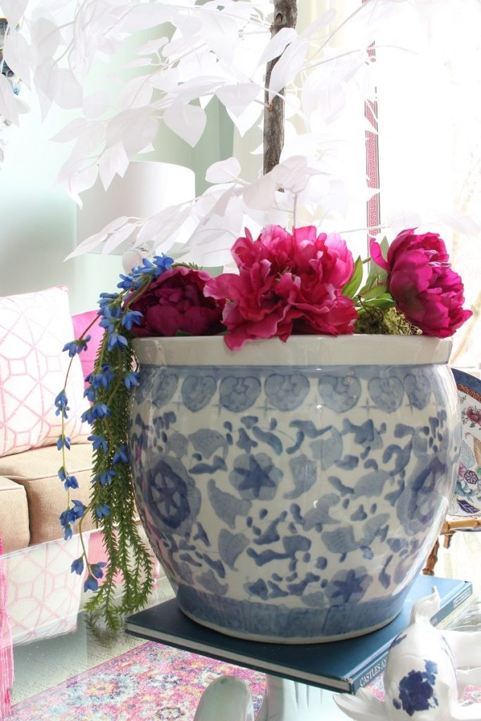 Spring Decor Ideas - Peonies in a Chinoiserie Container