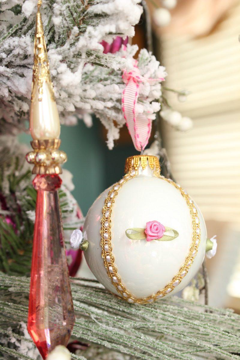 Victorian DIY Christmas Ornament