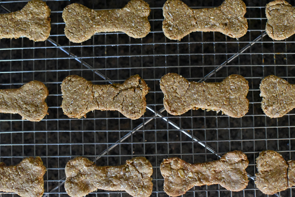 Oatmeal Peanut Butter & Banana Dog Treats