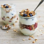 Make Ahead Strawberry Blueberry Yogurt Parfaits