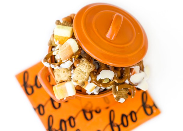 Pumpkin Spice Trail Mix Crack