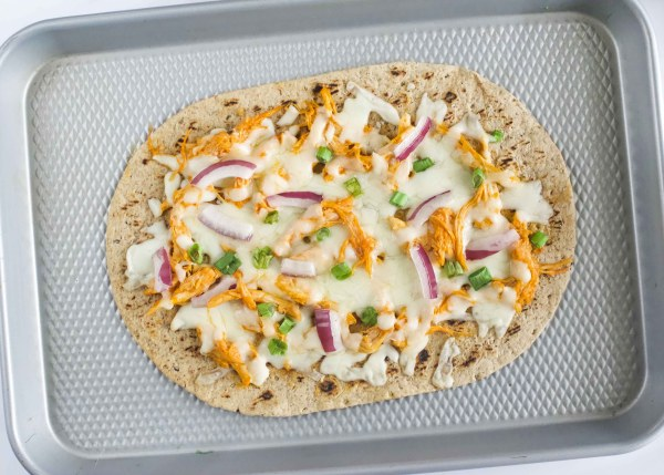 Skinny Buffalo Chicken Flatbread