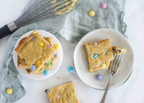 Small batch Easter Blondies