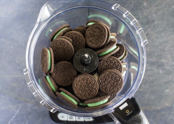 No Bake Thin Mint Oreo Truffles