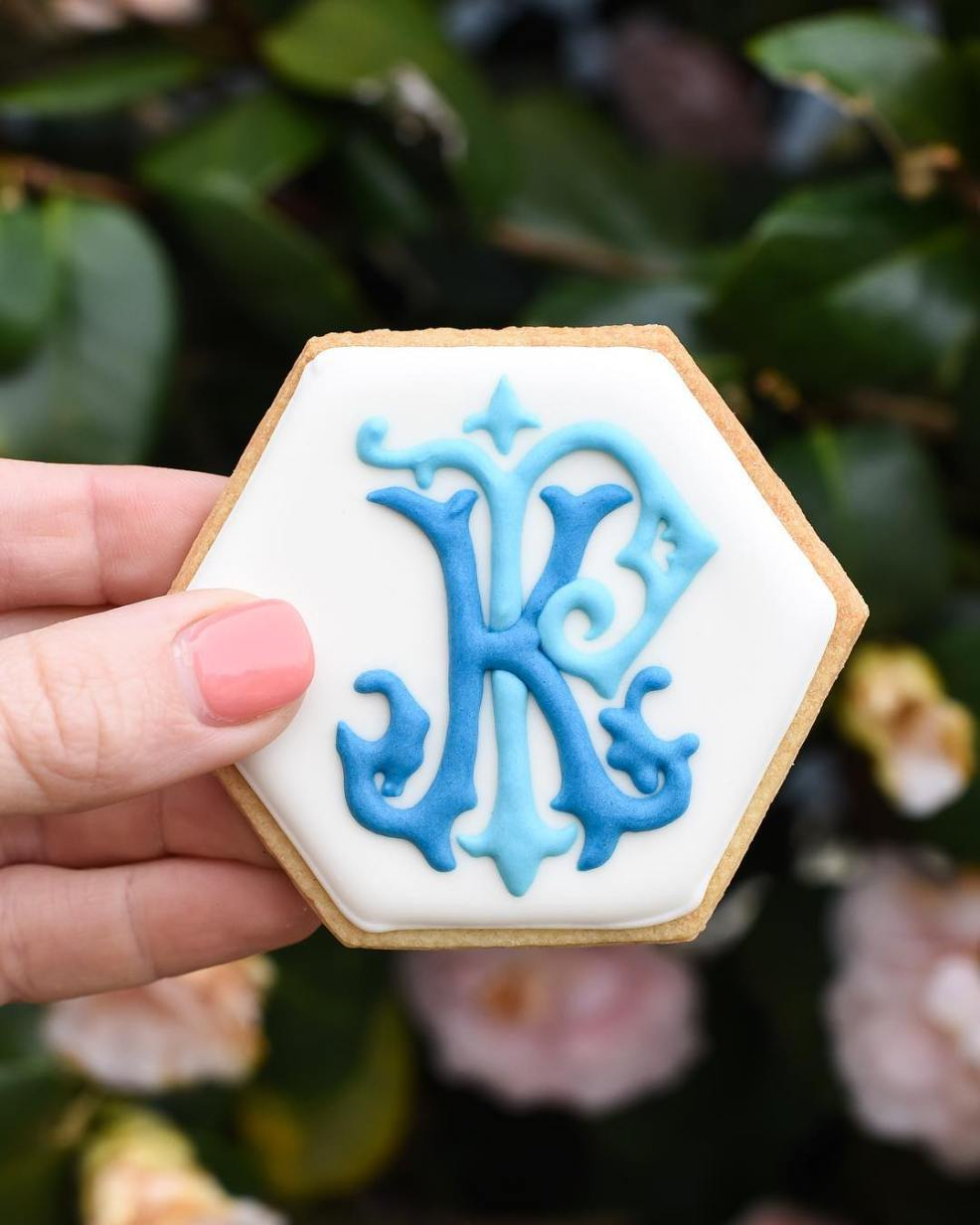monogram wedding cookie