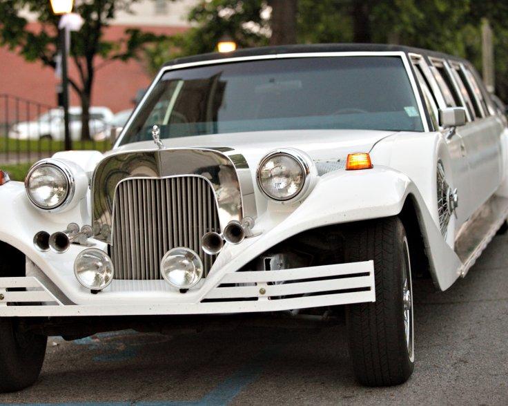 vintage-rolls-royce-limo-jackson-ms